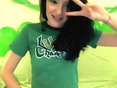 Irish emo hottie, beer and webcam