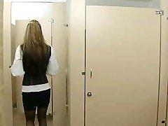 Tuvalette ofis seks