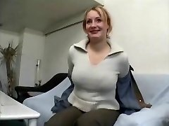 Chubby mature blonde dame gives interview and undresses
