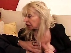 FRENCH MATURE n40 light-haired gross moms vieille salope