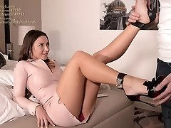 julie skyhigh greatest shoejob EVER in arched louboutin high-heeled slippers