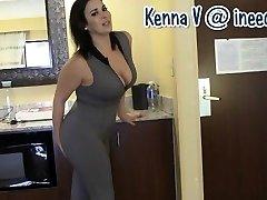 새로운 Kenna V. 습윤이 그녀의 팬티와 스판덱스