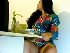 Glorious girl Getting Wild in Office -Indian looks