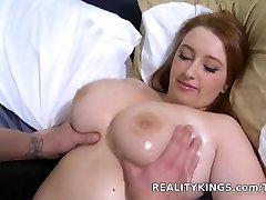 Bignaturals - Enjoy her clover