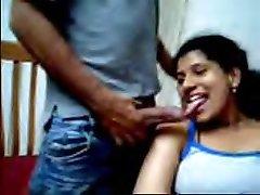 Desi couple likes flashing on webcam