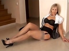 GRAY NYLONS mommy I'd like to tear up