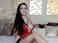 Giant Titties Teen Masturbating