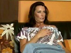 Crazy Mimi Moore BVR