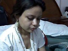 Seksi Paki Saira Khan Kocası İle Ev Yapımı Seks