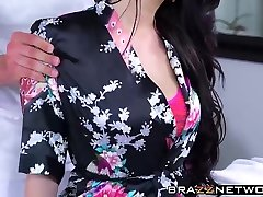 Fantastic brunette Ryan Smiles gets drilled on massage table