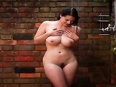 Sweetie sumptuous babeTakes A Shower - PORNCAMLIFE COM