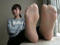 āzijas neilona un basām kājām n zoli