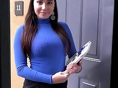 PropertySex Curvy Real Estate Agent Pokes Potential Client