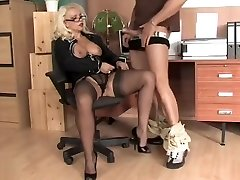 LL office nylon Blow-job