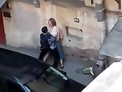 Spying a fat girl get penetrated from balcony