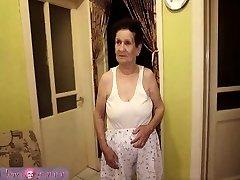 granny with big bra-stuffers has fun