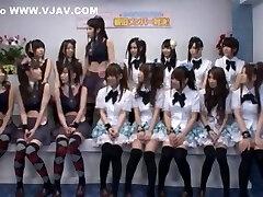 les plus chaudes du modèle japonais momoka haneda, ayana kato, yuzu shiina dans le meilleur sexe de groupe, les adolescents jav film