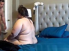 bbw bouleversé pendant anal pris sur la caméra ip