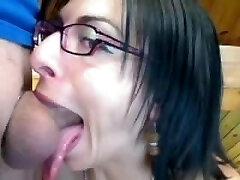Sexy French No-Gag deep-throat