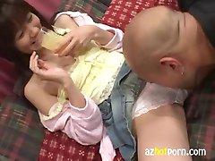 AzHotPorn.com Asiatique Sperme dans les Cheveux Secrétaire Bukkake