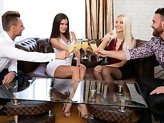 Two girls in stocking and the boys had on the same sofa group sex SV