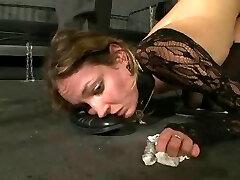 German slavegirl sesh 1