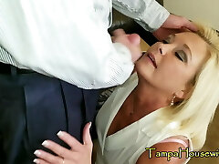 Horny Housewives Love CREAMPIES & FACIALS