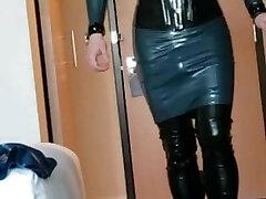 Short walk in rubber dress, hip boots