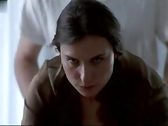 Katrin Cartlidge στην Κλερ Ντόλαν (1998)