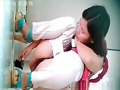 Asian checks pussy with mirror