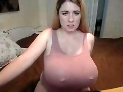 Chunky amateur babe with big fun bags