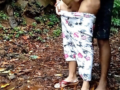 Νεανική Κόρη Δάσος Υπαίθριο Σεξ Με Τον Πατέρα
