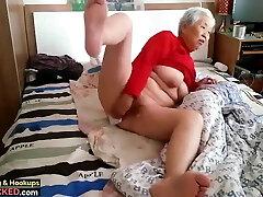 γιαγιά με κορίτσι