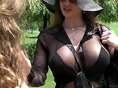 Lusty beauty Cathy Heaven and her Gf enjoy anal threesome