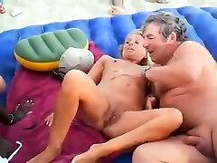 ηδονοβλεψίας swinger παραλία σεξ