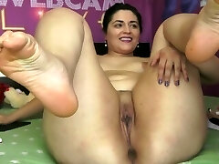 Jaw-dropping White BBW on Webcam