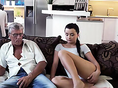 DADDY4K. Guy is occupied with computers so why Girlfriend