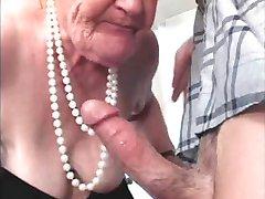 η γιαγιά διάολο