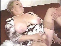 Bain De Jouvence Ρίχνουμε Mamies Ενεργούς ... (Πλήρης Ταινία) F70