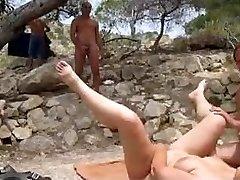 Σεξ στην παραλία ηδονοβλεψίας και να παίξει