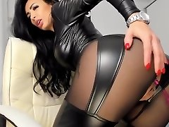 Super-fucking-hot pvc latex leather Camgirl in Fake Leather