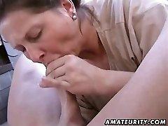 Chubby ερασιτέχνες σύζυγος σπιτικό τσιμπούκι και γαμήσι