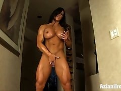 Aziani Steel Angela Salvagno girl bodybuilder receive in nature's garb