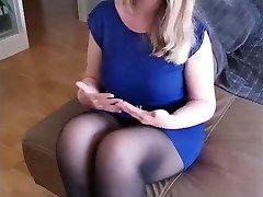 Sandra - Amazing huge-boobed pantyhose slut