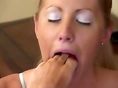 Lezzie eat soles and toes