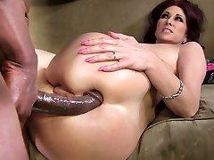 Tiffany Mynx Πρωκτικό Με το BBC