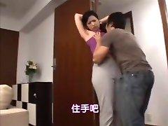 Japanese mom's hairy armpit