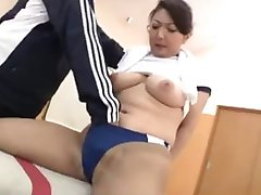 Sexy asian in the Gym