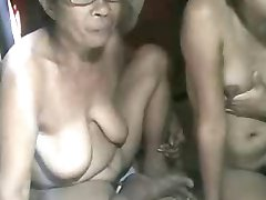 FILIPINA GRANDMA AND NOT HER GRANdaughter SHOWING ON CAM