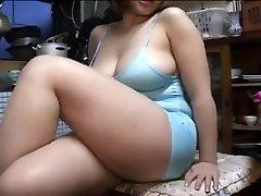 كبيرة جميلة المرأة اليابانية تبادل الادوار
